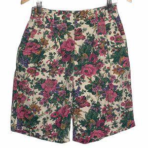 Vintage 90's Cottagecore Floral Bermuda Shorts